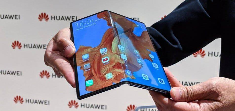 celular dobrável da Huawei